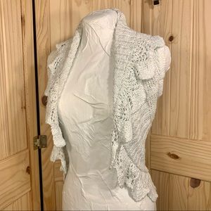 🦋 Maurices Sleeveless Scalloped Knit Open Vest